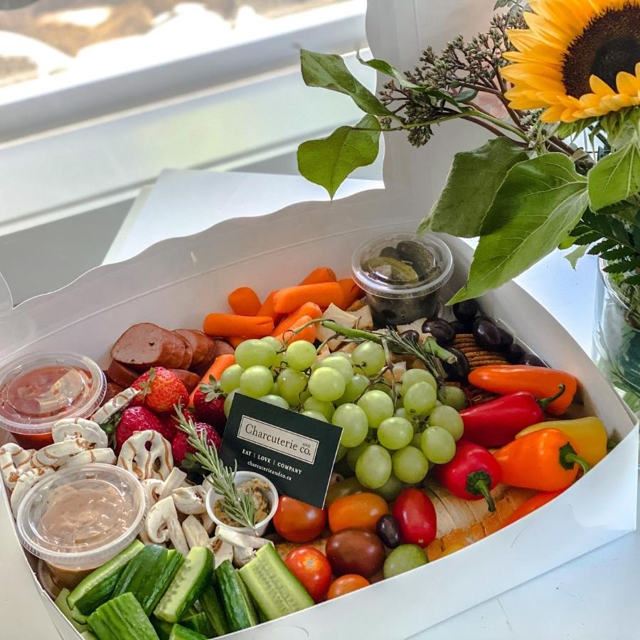 gourmet fruit and vegetable charcuterie box