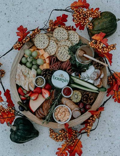 fall-themed-charcuterie-table